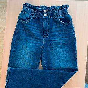 Paperbag mom jeans!